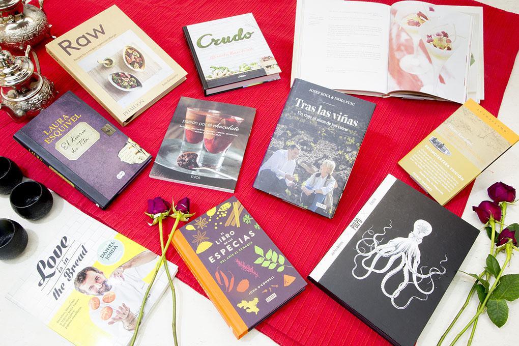 Bodegón de libros de gastronomía.