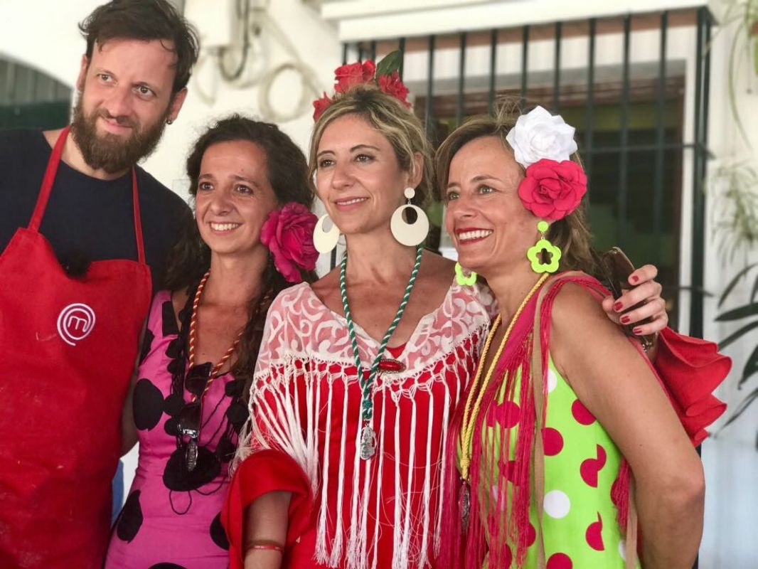 Con algunas fans durante el programa. Foto: Cedida