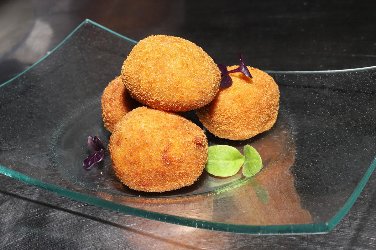 Restaurante Donosti - Astelena (platos). Foto: Bixigarri