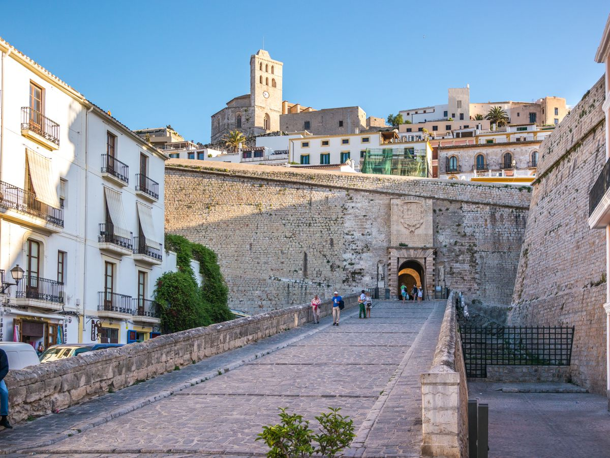 Dalt Vila, en Ibiza. Foto: Shutterstock