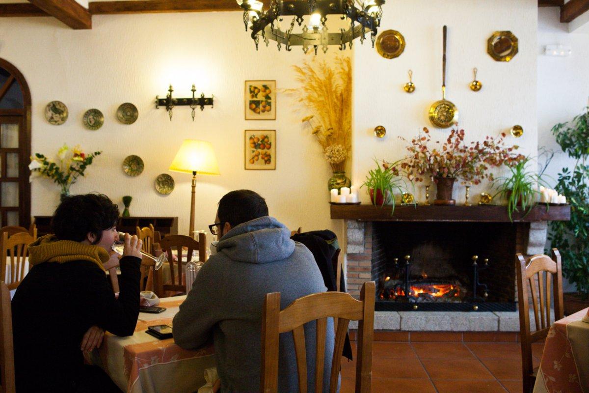 Restaurante Rascafría: 'Los Calizos' -ambiente de local-. Foto: Helena Poncini