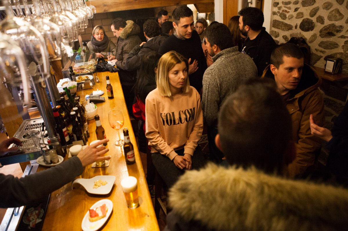 Restaurante Rascafría: Bar 'Tascafría' -ambiente de local-. Foto: Helena Poncini
