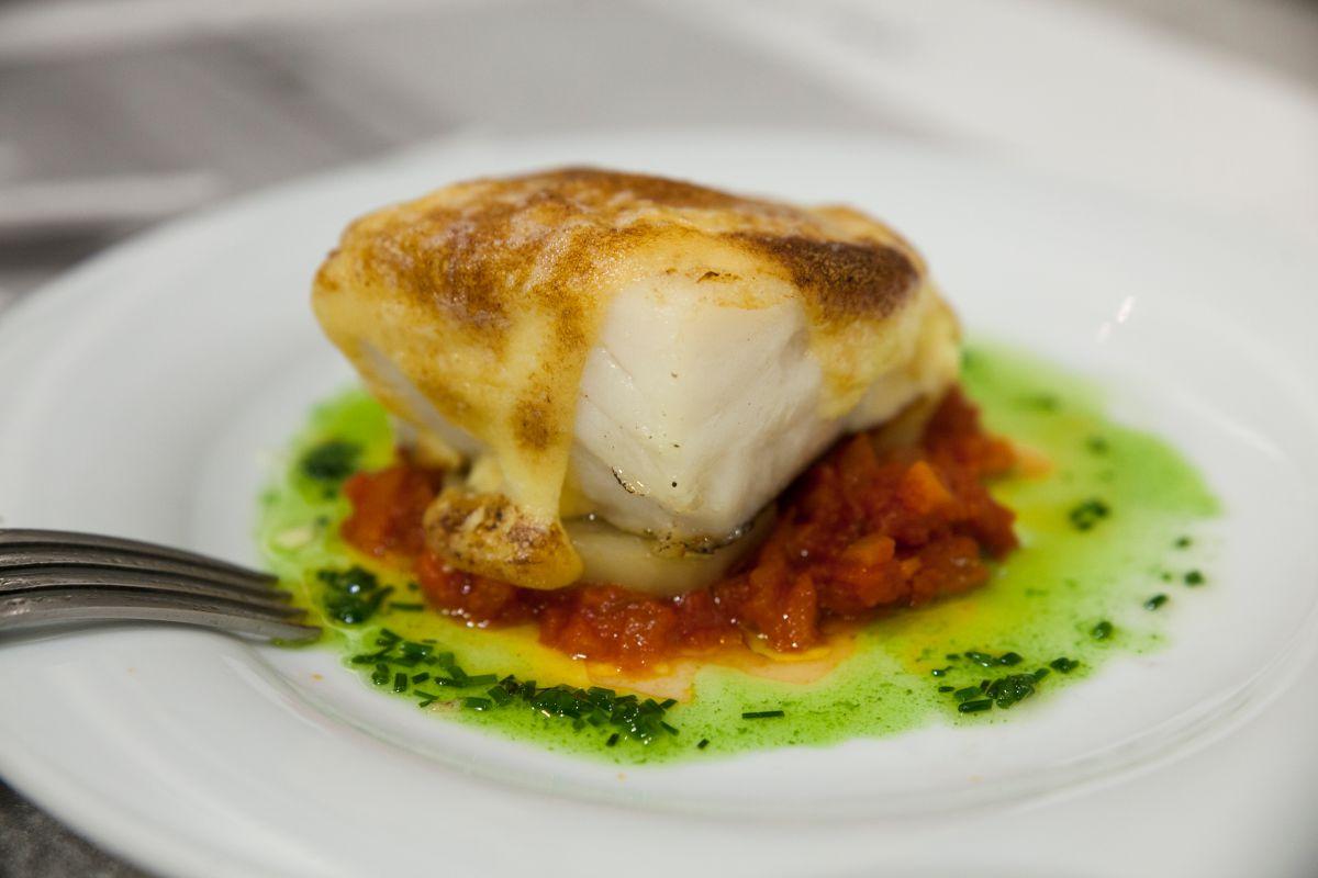 Bacalao en salsa verde del restaurante Morgan. Foto: Gari