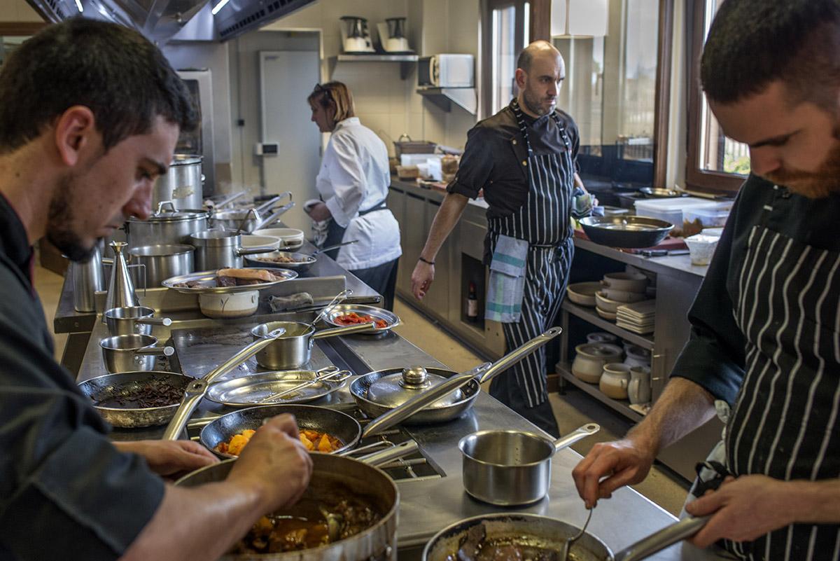Restaurante Lera. cocina. Foto- Alfredo Cáliz