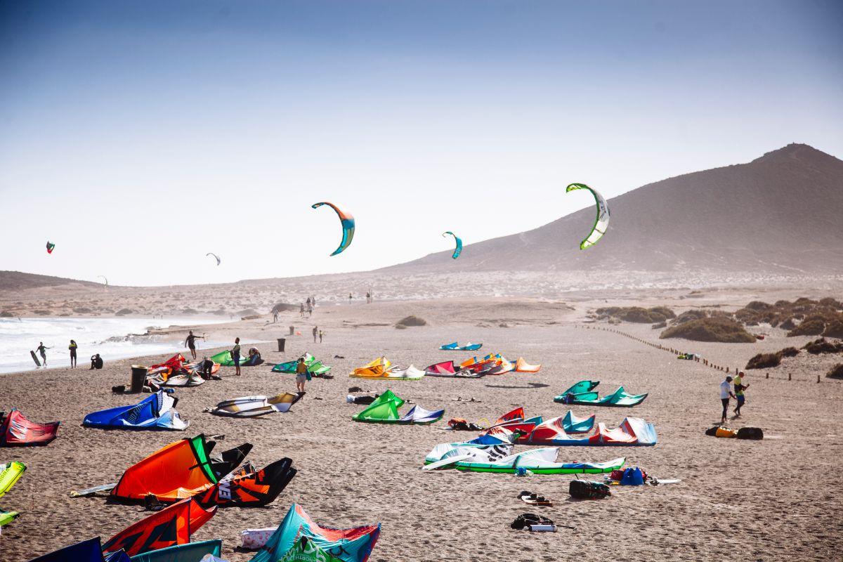 Windsurf en El Médano. Foto: Rocío Eslava