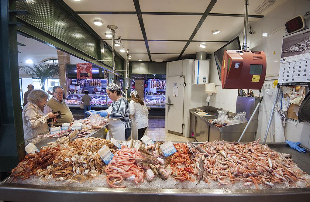 Mercado Municipal Javea - pescadería 2 - Foto: Rafa Molina