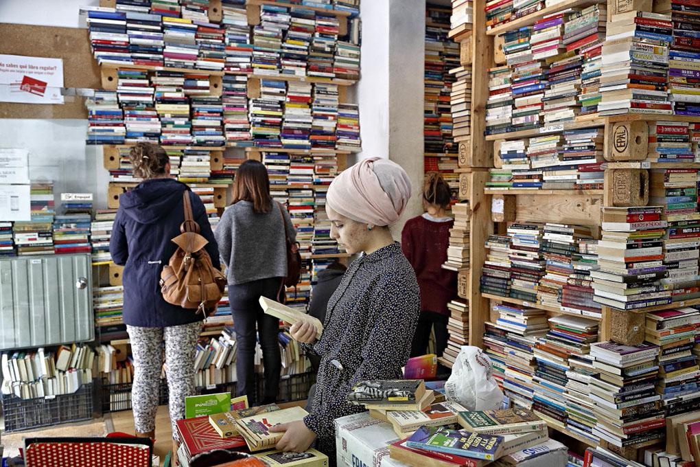 Librerías de Madrid: Clientes de TuuuLibrería. Foto: Roberto Ranero