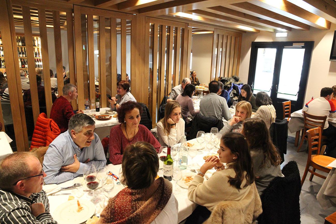 Restaurante Donosti - Aratz (sala). Foto: Bixigarri