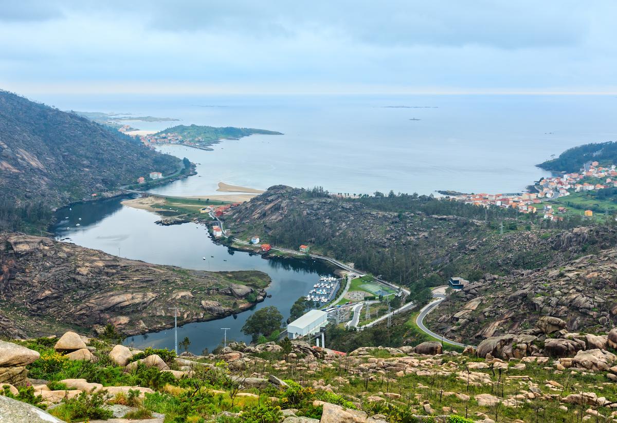 La desembocadura del río Xallas, desde Dumbría. Foto: Shutterstock