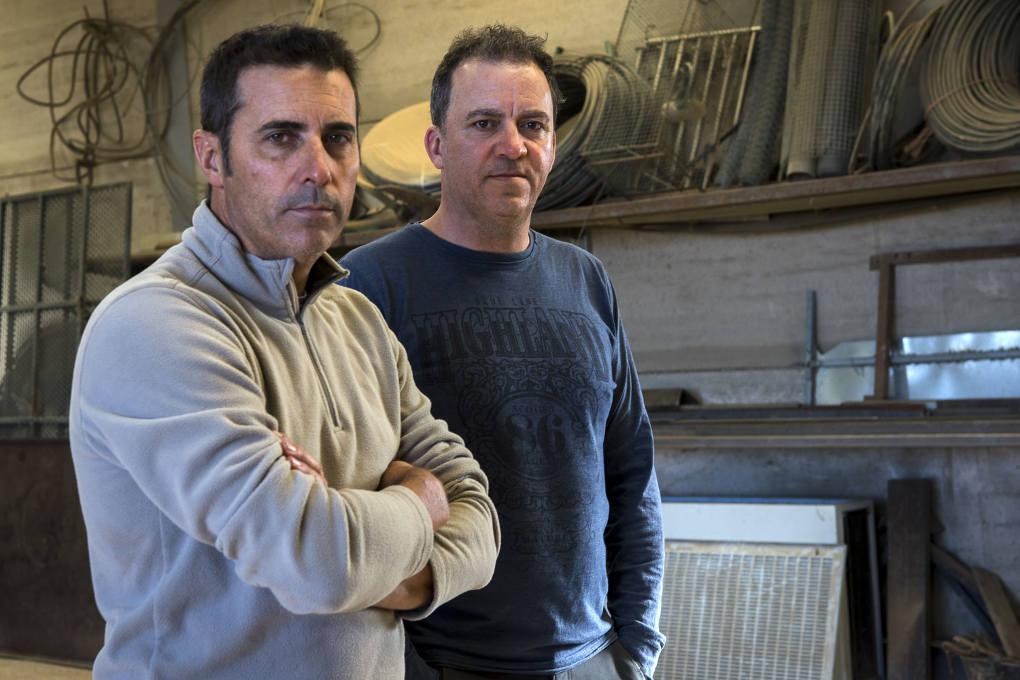 Luis y Manuel Gahete, productores de pistachos