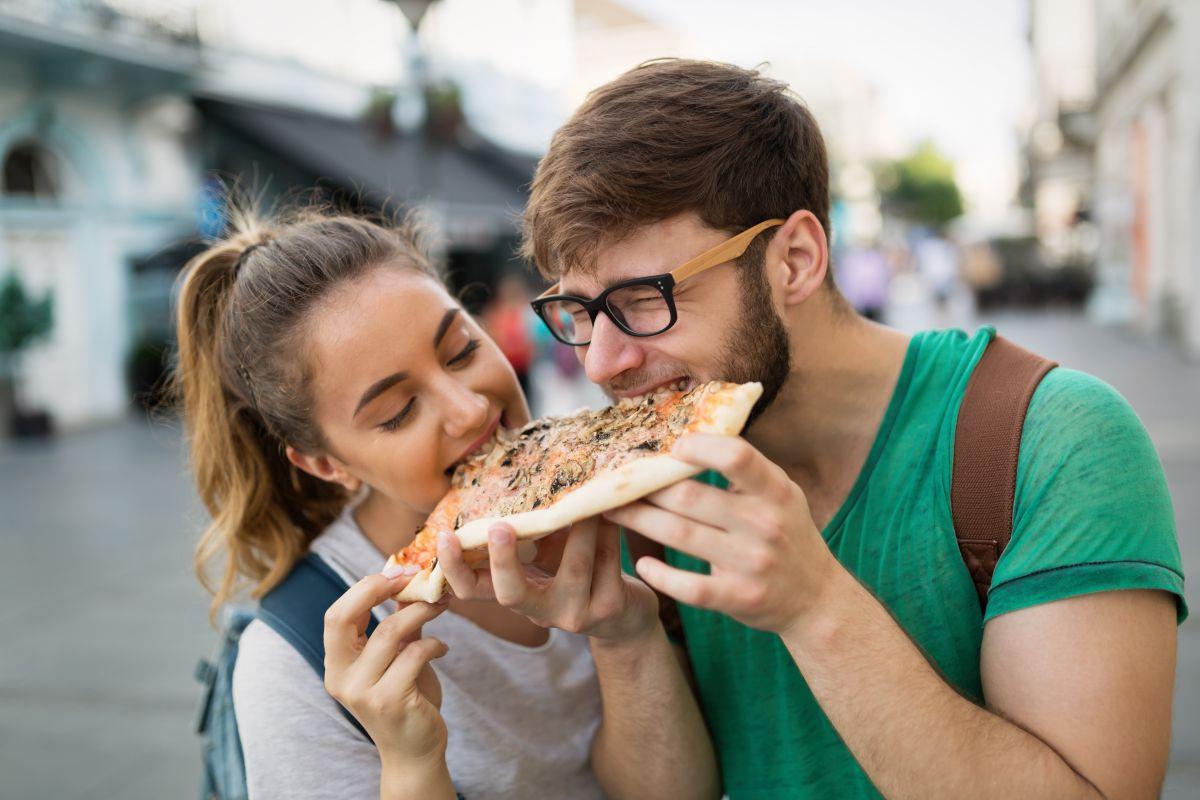 Gastrotendencias. Comer pizza. Foto: shutterstock