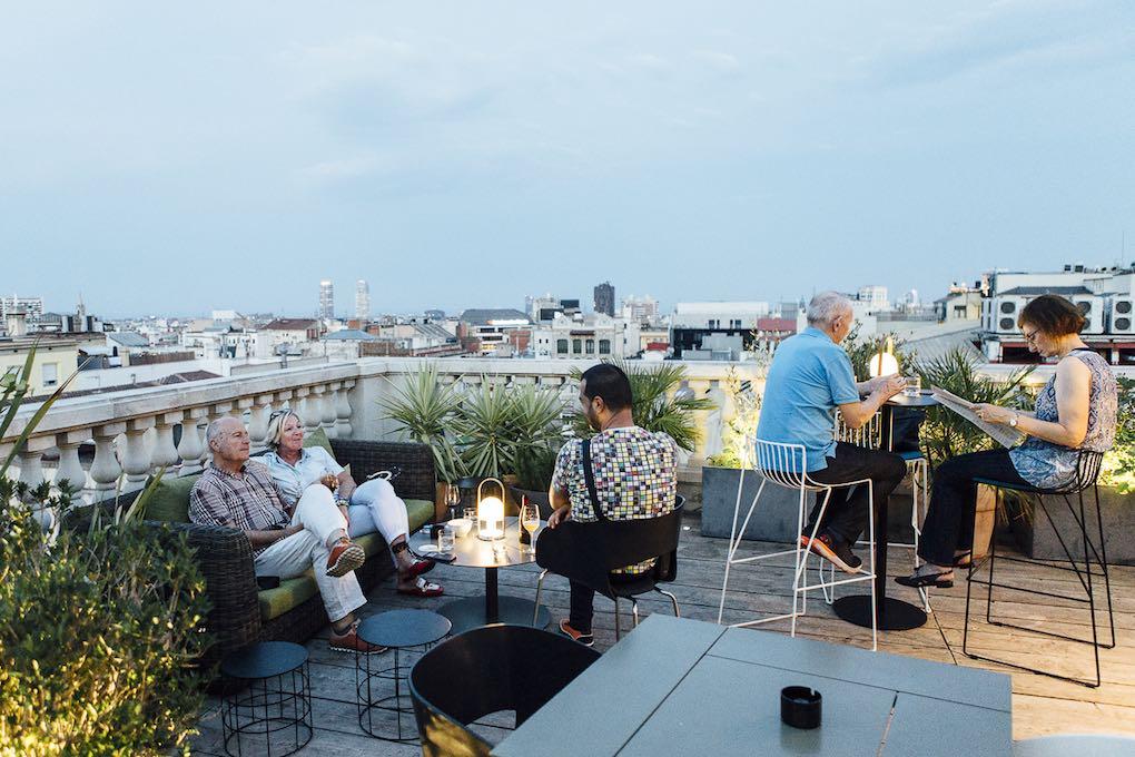 Cóctel de la terraza del hotel Alma. Foto: César Cid