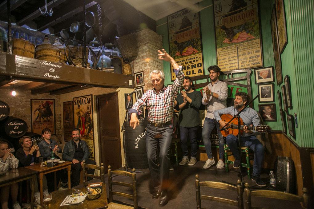 Escenario flamenco El Pasaje