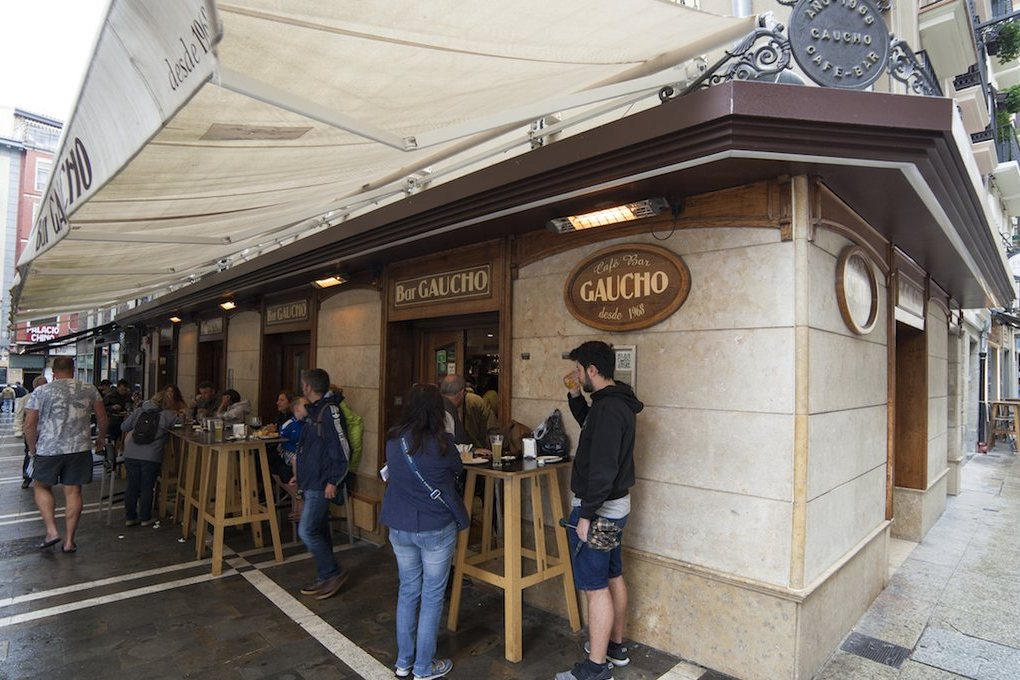 Exterior Bar Gaucho, Pamplona.
