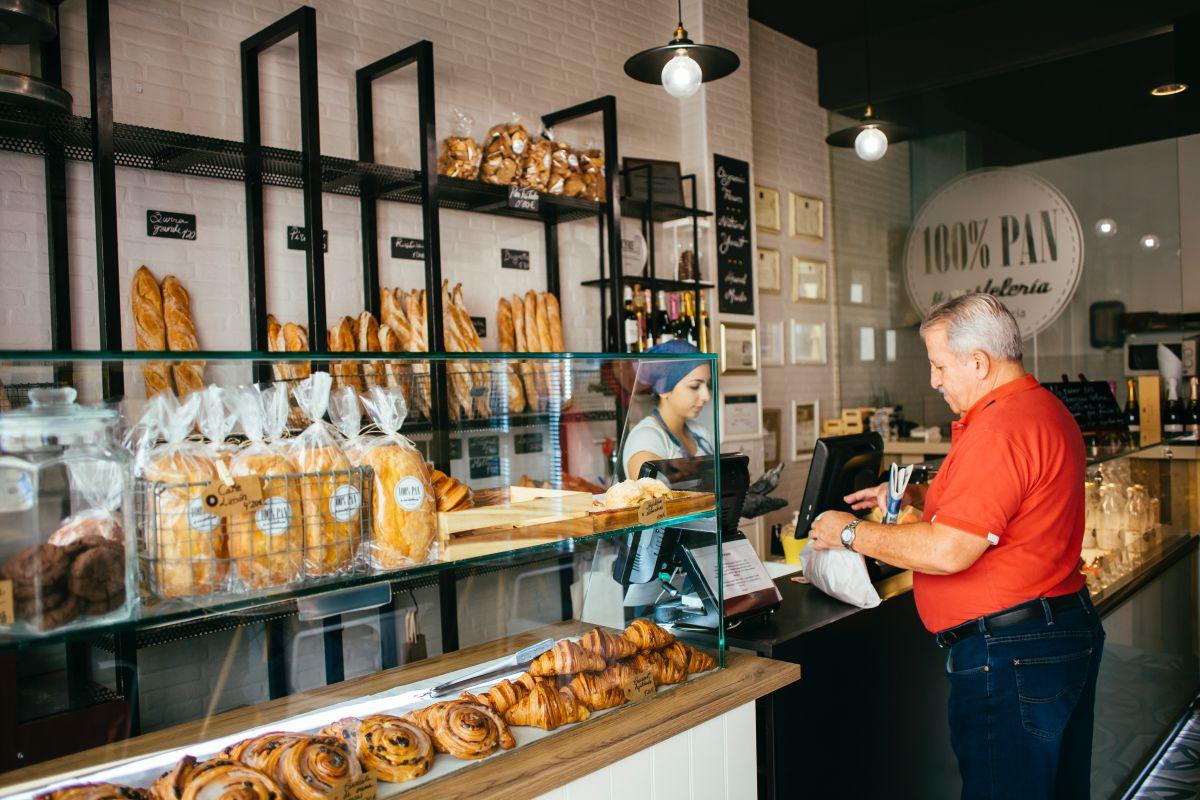 Comprando el pan de cada día. Foto: Rocío Eslava