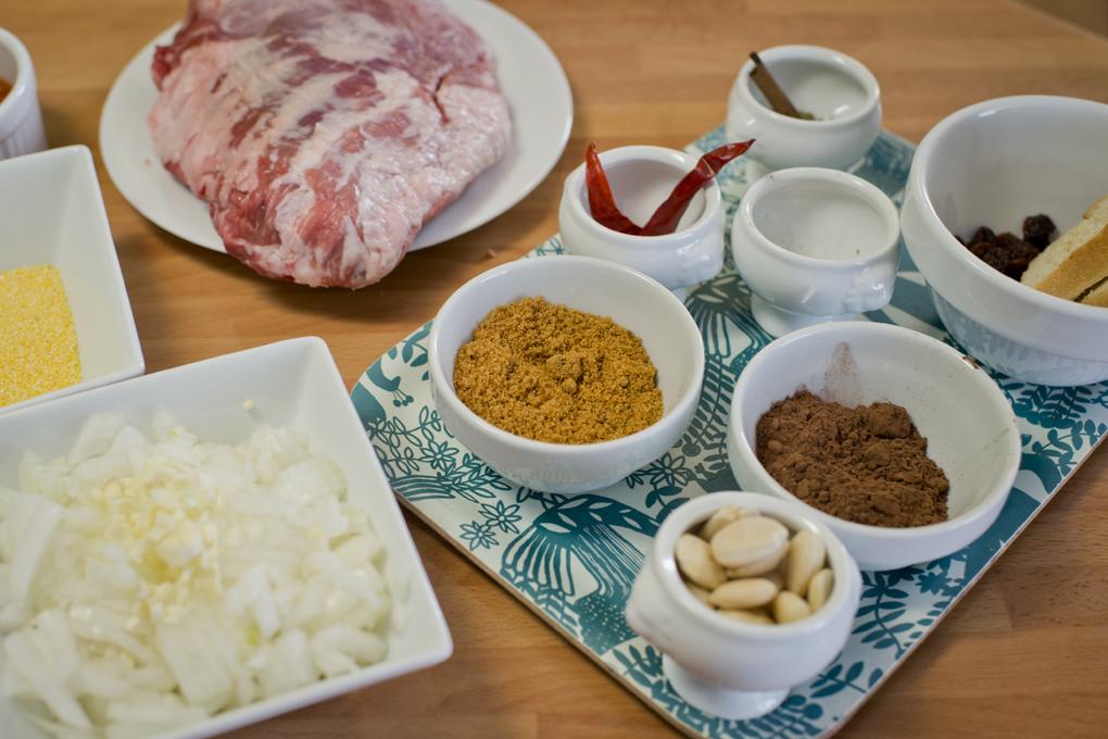 Hoy cocinan ellos: Presa ibérica con chocolate - ingredientes. Foto: Sofía Moro