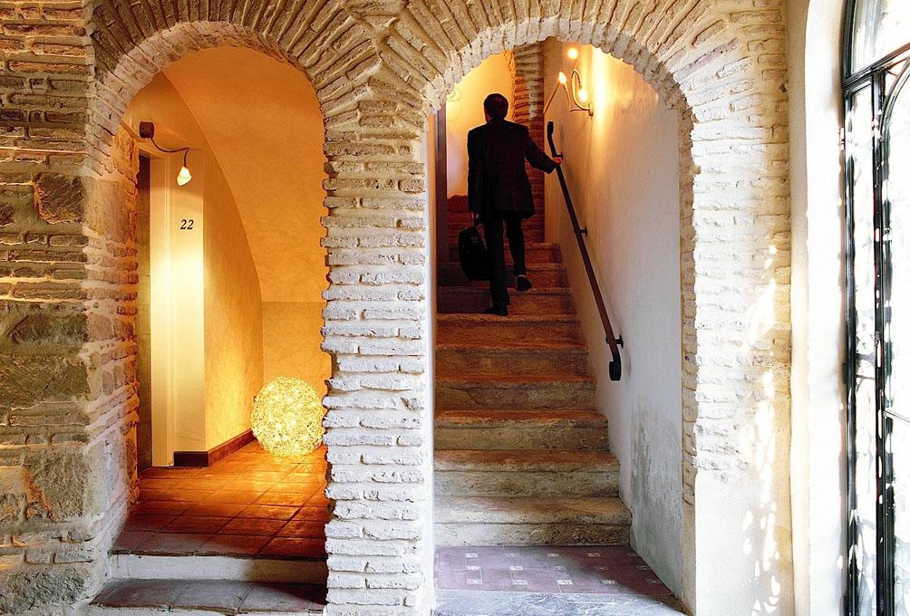 Entrada al Palacio del Bailío