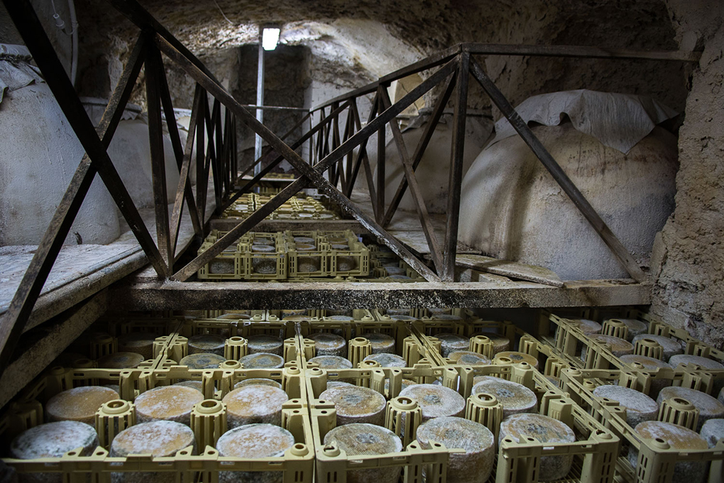 Cueva de curación. Manuel Ruíz Toribio