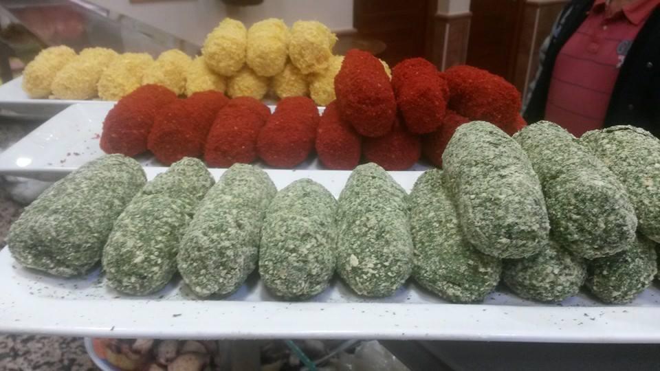 Las croquetas de ternasco, bacalao y sesos típicas de Cervino.