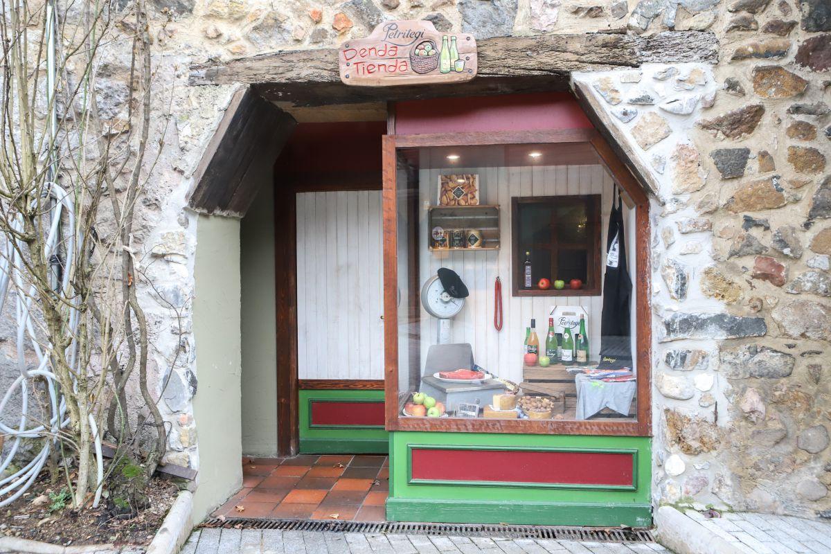 La tienda de 'Petritegi'. Foto:Yoana Salvador