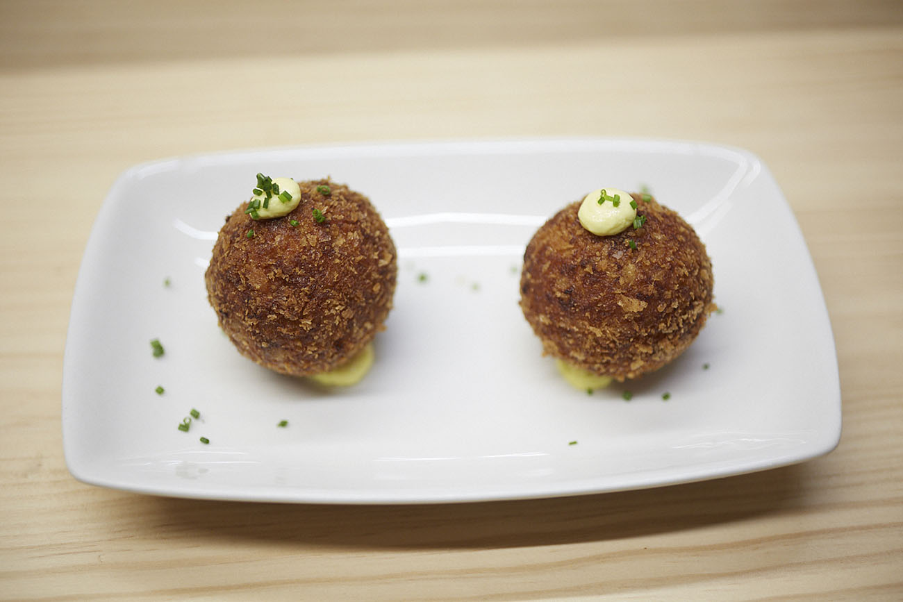 Restaurante Teoric (Barcelona) - Croquetas de pollo asado y gamba. Foto: Xavier Torres-Bacchetta