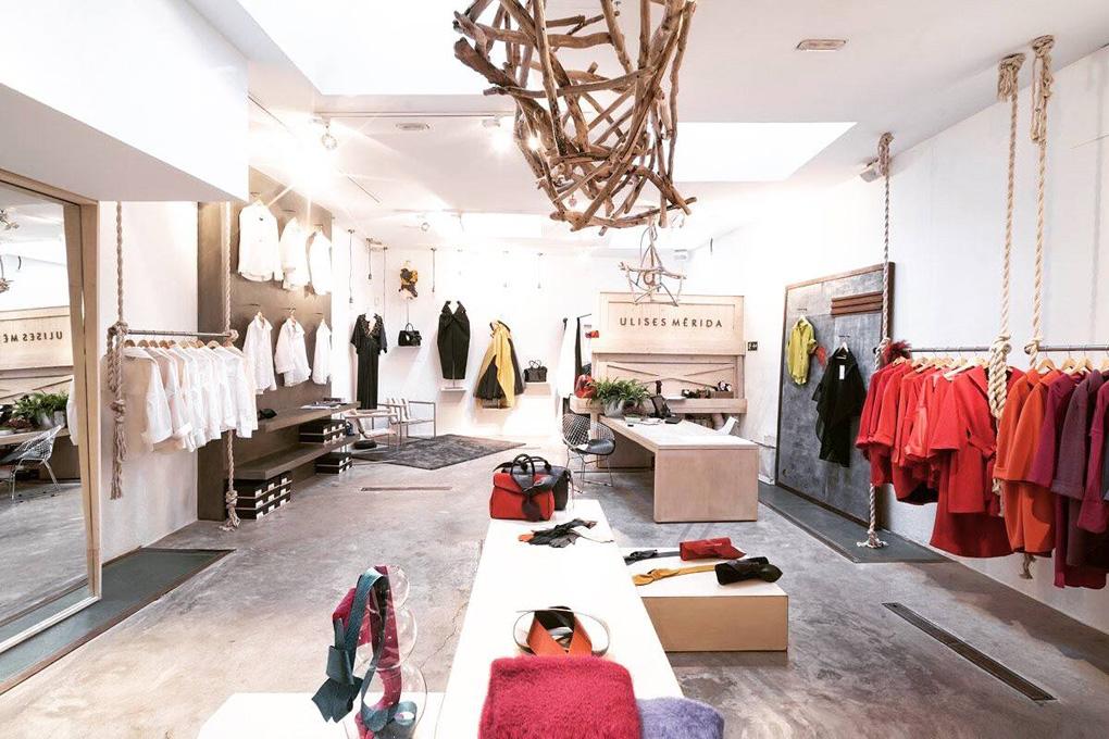 El interior de la tienda de Ulises Mérida