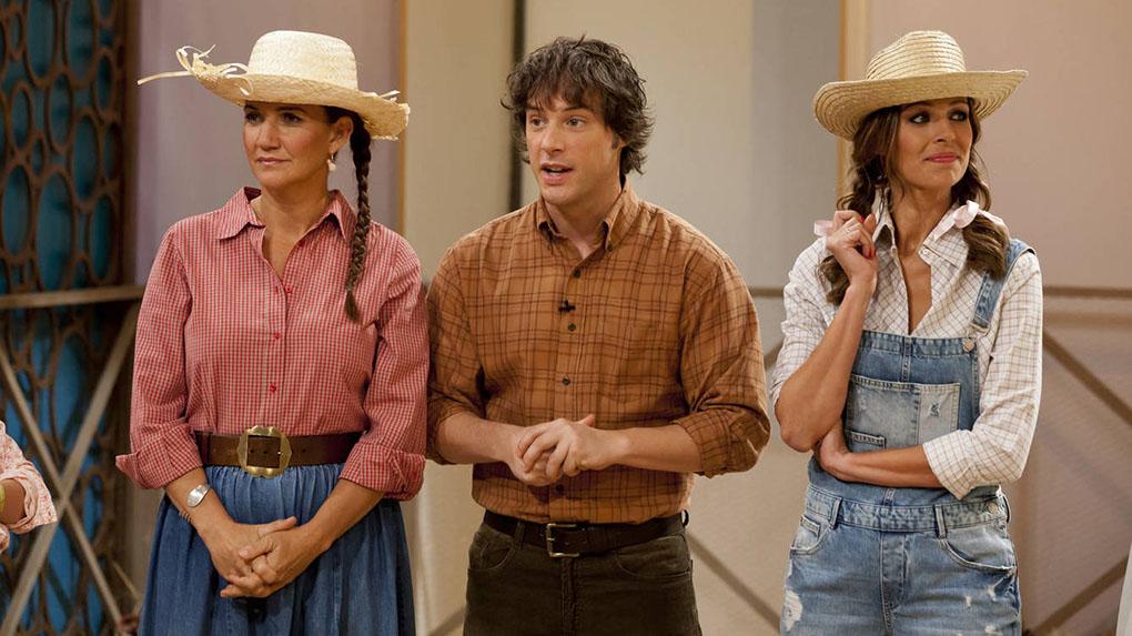 Samantha Vallejo-Nájera, Jordi Cruz y Eva González durante el rodaje de 'MasterChef'. Foto cedida