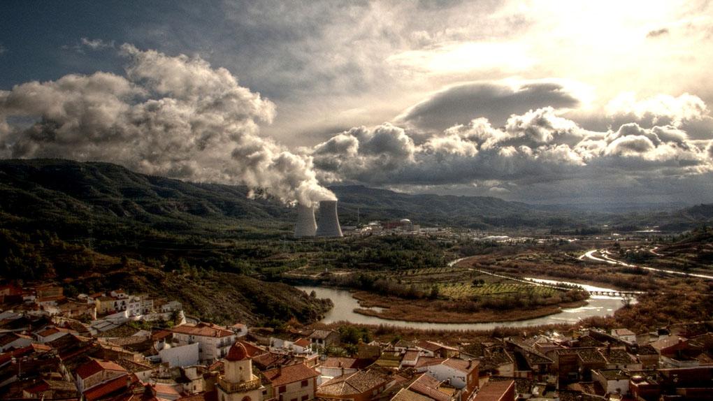 Volcanes de España. Panorámica de Cofrentes. Foto: Toni Rodrigo (Flickr CC)