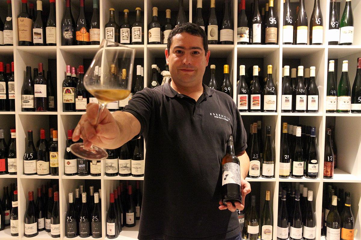 Restaurante Donosti - Essencia Wine (vinos 2). Foto: Bixigarri
