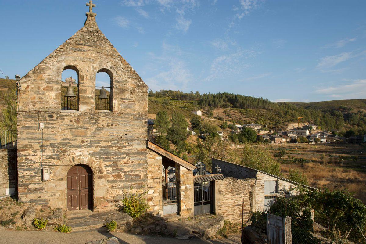 La iglesia en Riohonor de Castilla. Foto: Manuel Ruiz Toribio