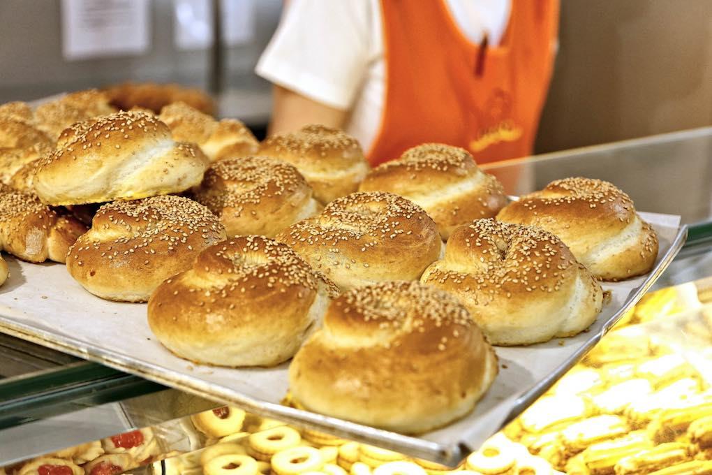 Mostrando panes de Orio. Foto: Roberto Ranero