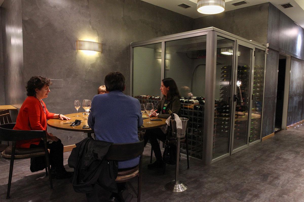 Restaurante Donosti - Rita (sala). Foto: Bixigarri