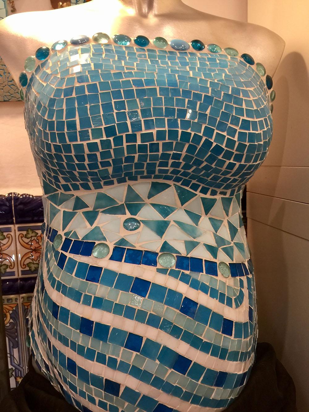 Taller mosaicos Barcelona. Embarazada. Foto: Beatriz Vigil