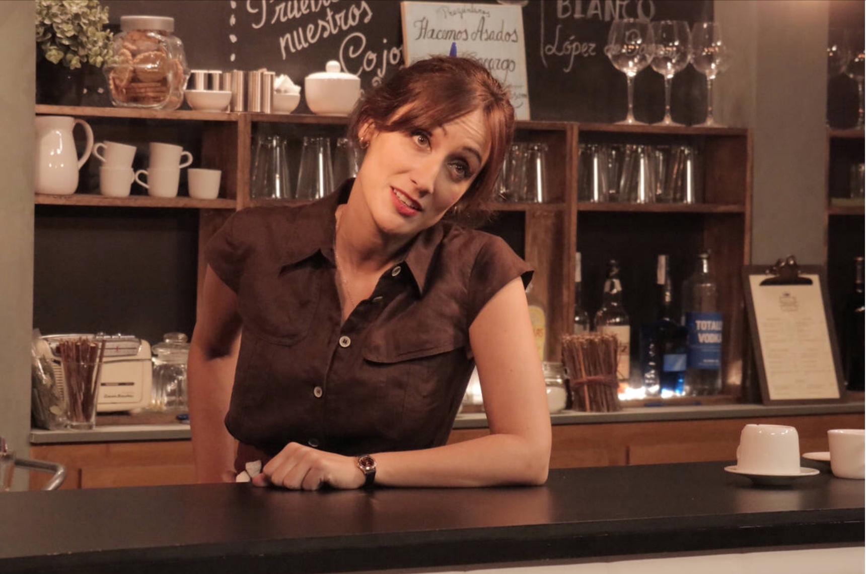 Ana Morgade en su personaje de Cata en 'Olmos y Robles'. Foto: TVE