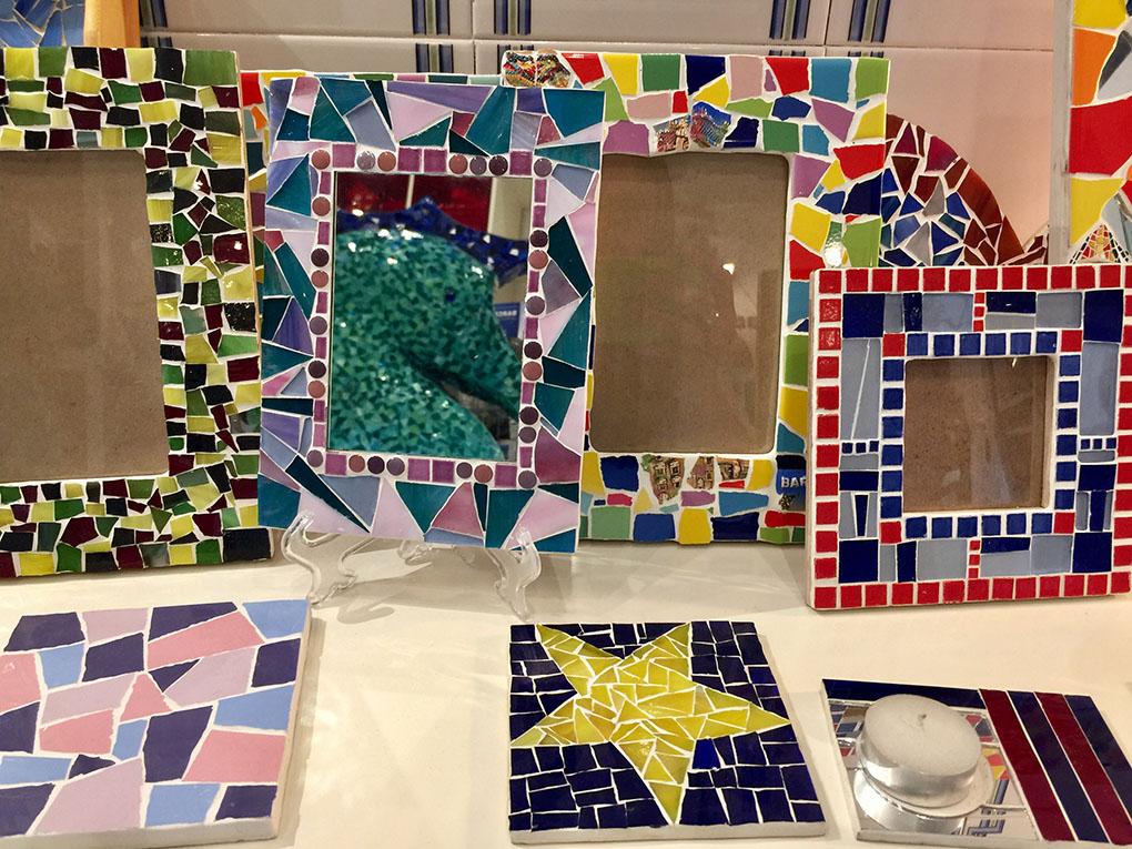 Taller mosaicos Barcelona. Piezas. Foto: Beatriz Vigil