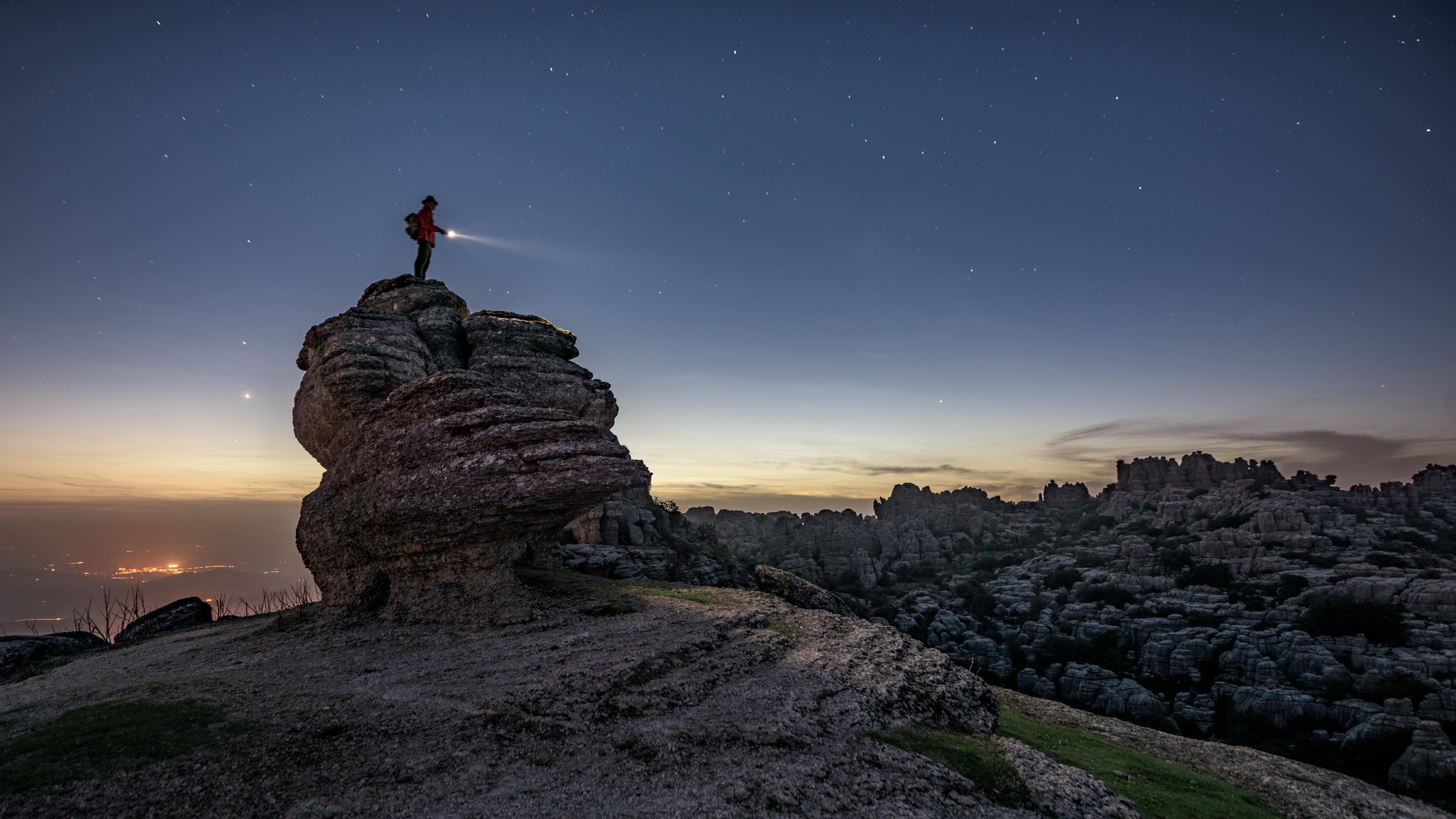 No existe nada igual, y afortunadamente, este inhóspito paisaje está en Málaga.