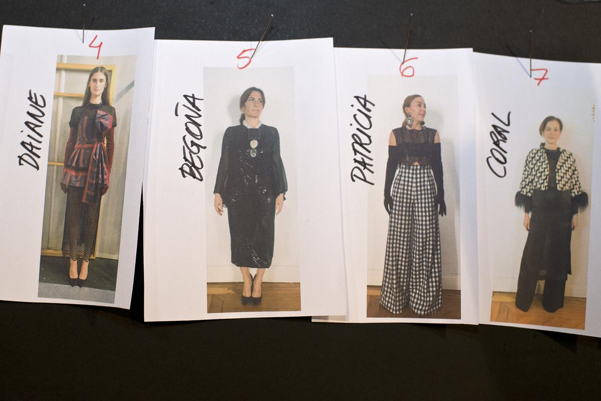 Secuencia que se seguirá durante el desfile en fotos de las modelos con sus vestidos