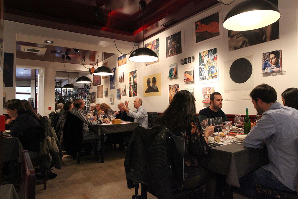 Restaurante Donosti - The Morgan Kompany (sala). Foto: Bixigarri