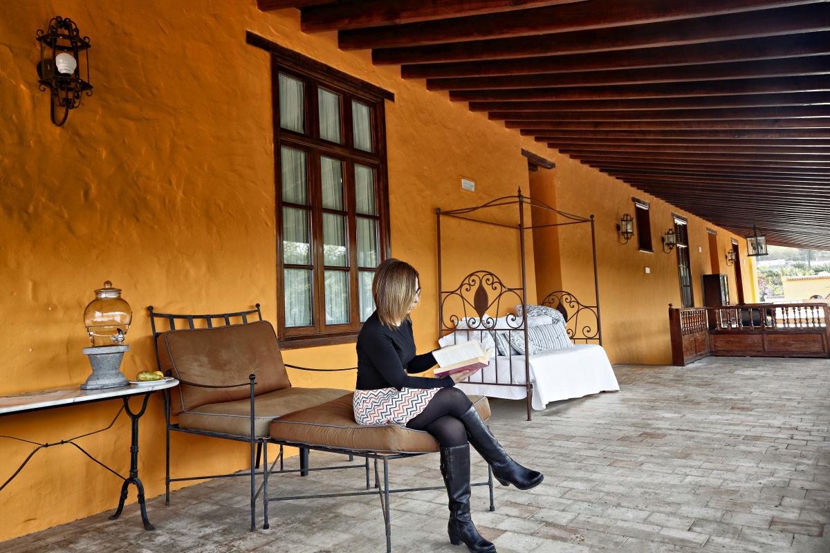 Hacienda El Buen Suceso (Gran Canaria) corredor de habitaciones. Foto: Roberto Ranero