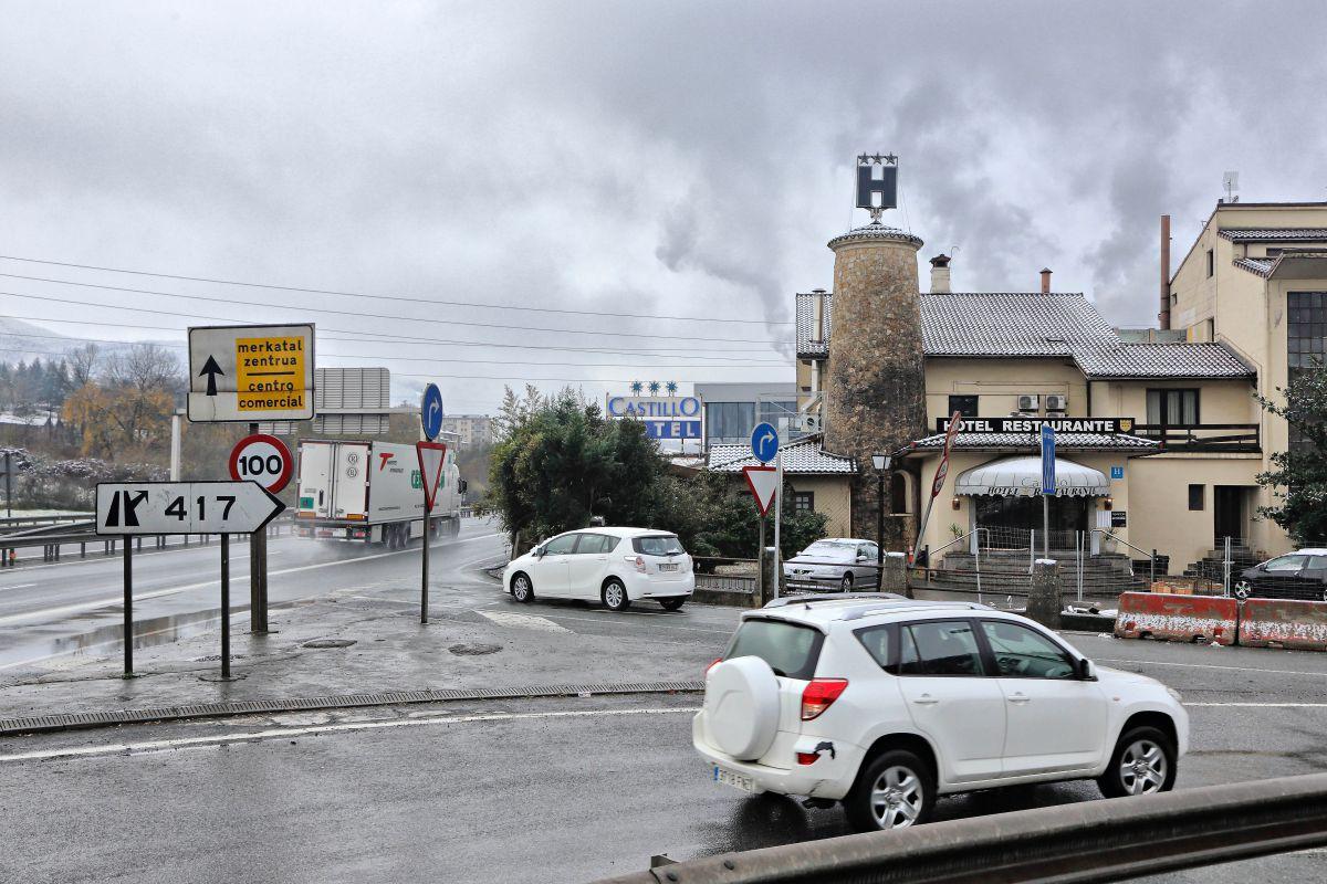 Cruce de caminos. Foto: Roberto Ranero