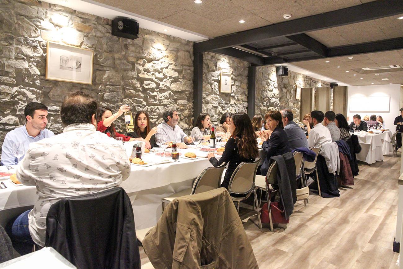 Restaurante Donosti - Astelena (sala). Foto: Bixigarri