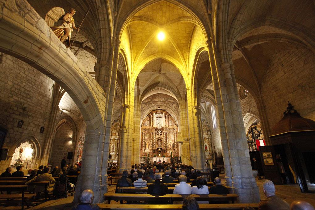 Iglesia de Santa María de los Angeles. Interior