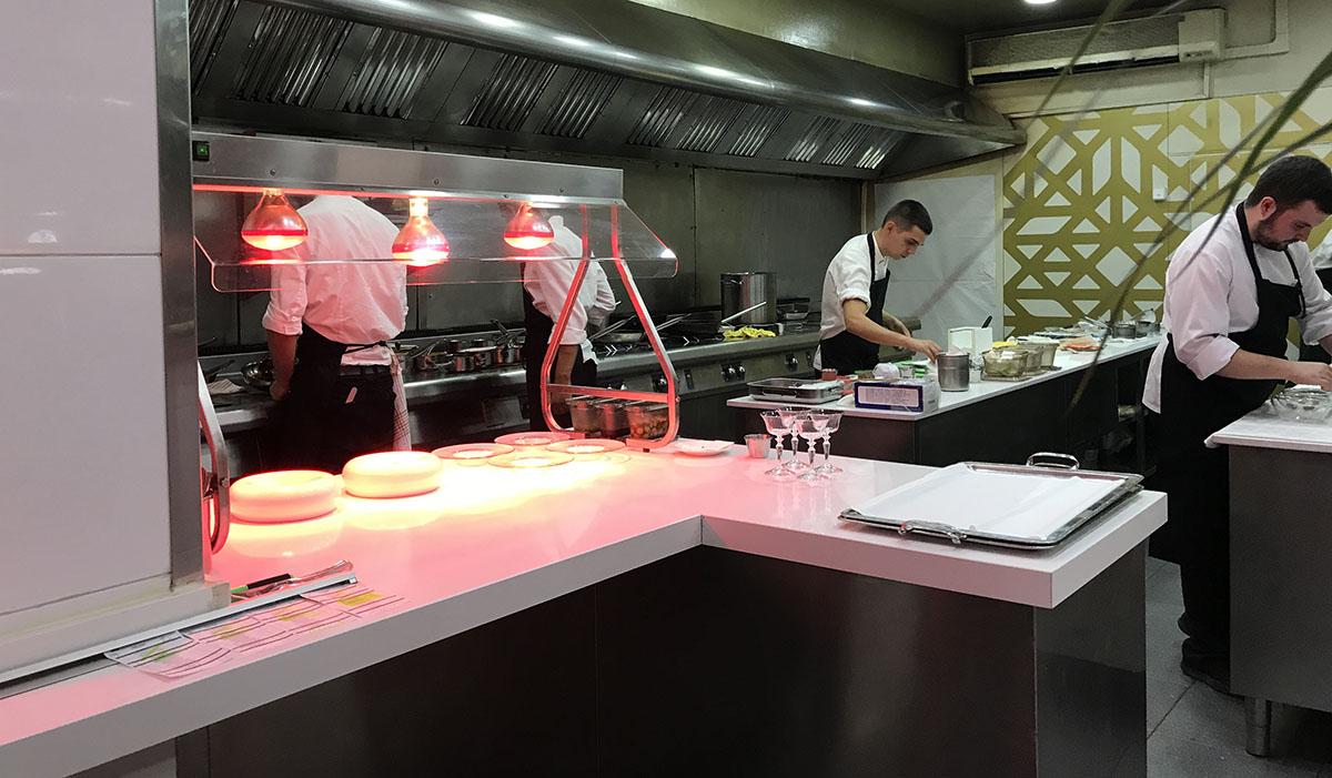 Restaurante Coque - cocina. Foto: Sara Cucala