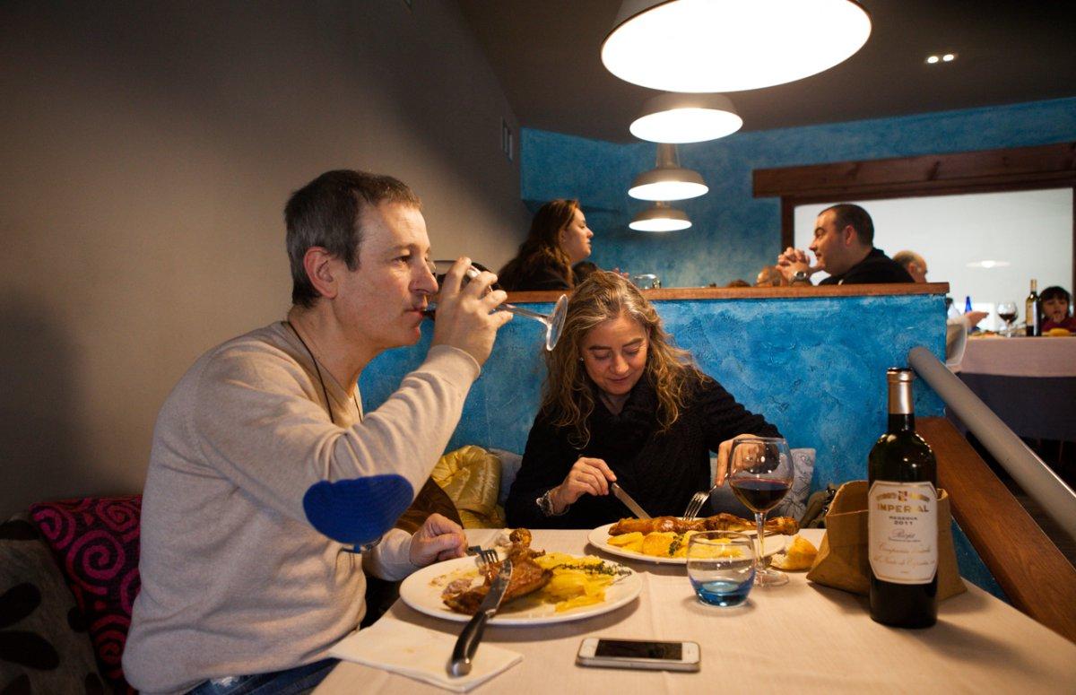 Restaurante Rascafría: 'El Pilón' -ambiente salón-. Foto: Helena Poncini