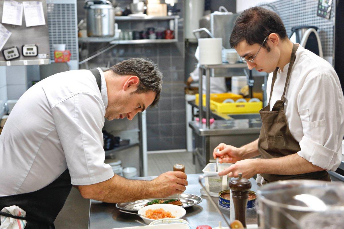 Restaurante El Clarete (Vitoria). Unai Fernández de Retana, chef. Foto: Roberto Ranero