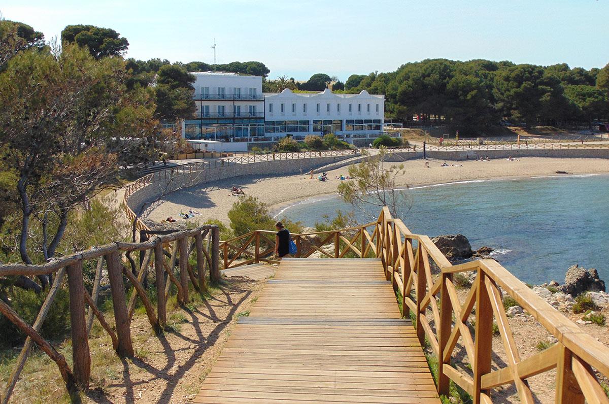 Camino de Ronda (Costa Brava): playa de L'Escala. Foto: Anna Otero