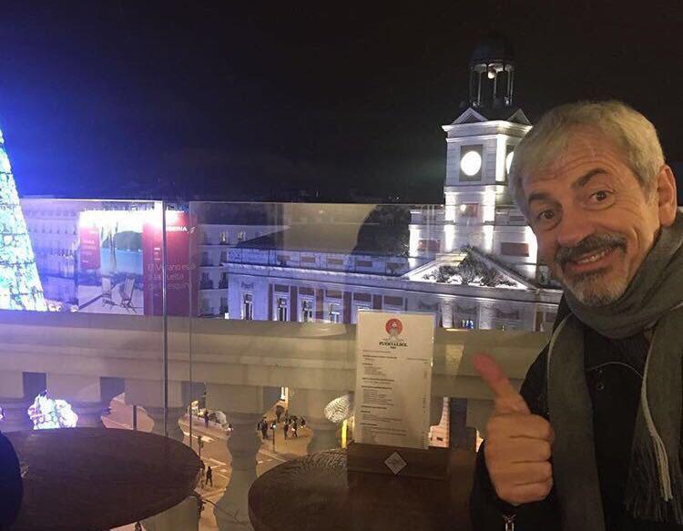Carlos Sobera en la terraza de 'Puertalsol'. Foto cedida