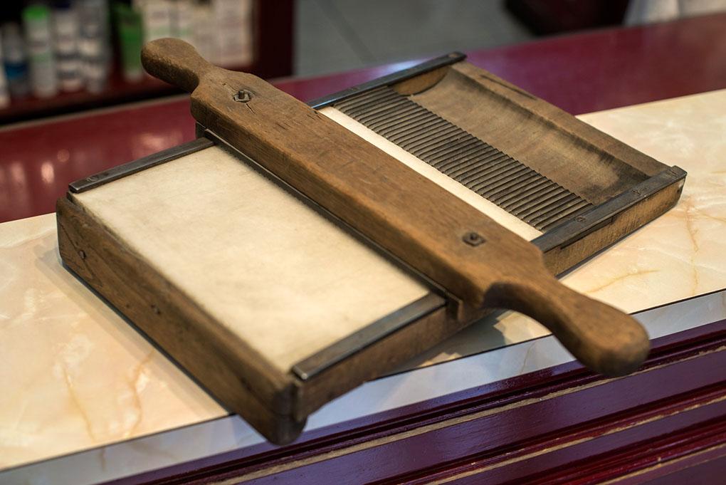Pastillero antiguo