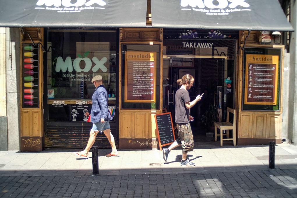 Mox, fachada