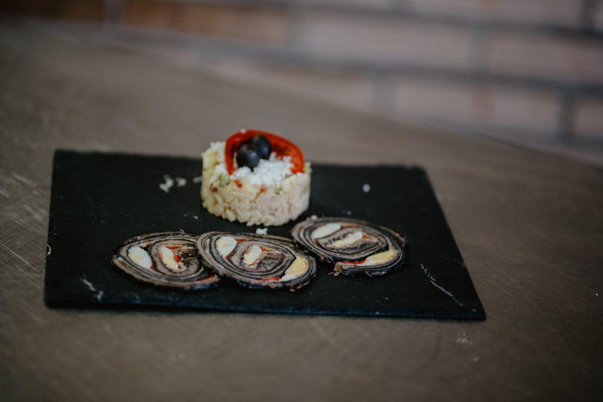 Lonchas de lamprea rellena. Foto: Nuria Sambade